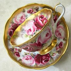 "255 Likes, 6 Comments - Harmony Piring16 (@harmony_piring16) on Instagram: ""Vintage  Gold Teacup by Royal Albert England  Good Morning ☕️ #goodmorningpost #morningpost…"""