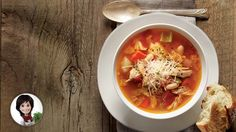 Minestrone chicken soup by Josée di Stasio - Chicken Soup, Chicken Recipes, Tortellini Soup, Fondue, Thai Red Curry, Brunch, Cooking Recipes, Vegetarian, Breakfast