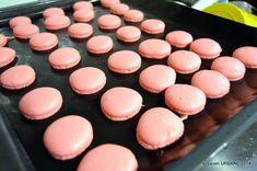 Macarons, Deserts, Ice Cream, Cookies, Cake, Food, Sweet Treats, Plant, No Churn Ice Cream