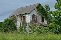 The infamous Goshen Farmhouse 3 by Richard Old Buildings, Abandoned Buildings, Abandoned Places, Spooky Places, House Map, Old Houses, Haunted Houses, Old Barns, Abandoned Mansions