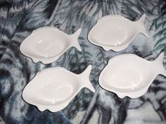 4 WHITE FISH SHAPED BOWLS 874 CALIF USA OVEN PROOF BAKER CALIFORNIA POTTERY  #CaliforniaPottery