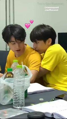 •Suppasit & Kanawul• Bad Romance, Romance And Love, Dramas, Live Action, Drama Fever, Lgbt Love, Cute Gay Couples, Thai Drama, Boyxboy