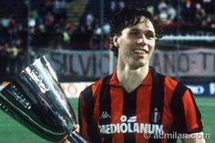 One of the greatest Dutch players of all times: Marco van Basten | AC Milan