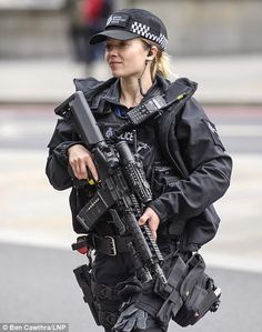 Second man, arrested over Parsons Green bombing May raises level to critical after ISIS claim Tube attack Female Cop, Female Soldier, Police Uniforms, Girls Uniforms, Military Women, Military Police, Female Police Officers, Warrior Girl, Special Forces