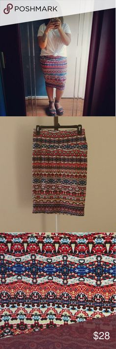 Lularoe Cassie Skirt Pencil skirt style. Fabric is soft and extremely comfortable! Has a stretch to it but still fitted enough to keep everything in. Size small. Will fit a medium. Worn once. Washed once inside out. LuLaRoe Skirts Midi
