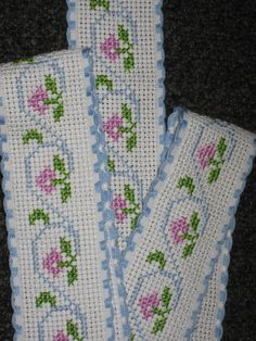 Cross Stitch Letters, Cross Stitch Bookmarks, Cross Stitch Borders, Cross Stitch Flowers, Cross Stitch Charts, Cross Stitching, Cross Stitch Embroidery, Embroidery Stitches Tutorial, Crochet Stitches