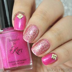 Peachblow & Golden Floral Stamping Nails: http://www.magicallypolished.com/2015/01/born-pretty-store-09-mixed-pattern.html