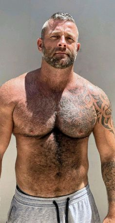 Furry Friday The Effective Pictures We Offer You About hairy chest henry cavill A quality picture ca Hairy Hunks, Hairy Men, Scruffy Men, Daddy Bear, Moustaches, Bear Men, Hairy Chest, Mature Men, Older Men