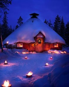 Chalet kota www. Days To Christmas, Christmas Scenes, Prim Christmas, Snow Pictures, Winter Scenery, Winter Magic, Snow Scenes, Cabins And Cottages, Winter Beauty