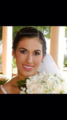 Soft bridal make up with pink and purple tones Makeup By: Erika Arboleda  Ig: @maquillajeerikaag