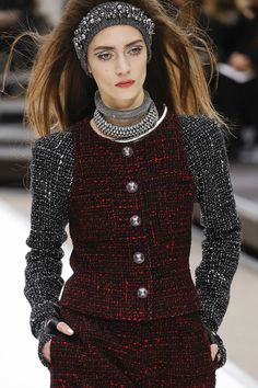 Chanel | Paris Fashion Week | Fall 2017 - welcome in the world of fashion