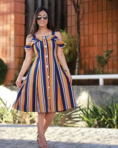 pinterest.ru Lovely Dresses, Simple Dresses, Frock Fashion, Fashion Outfits, Curvy Outfits, Dress Outfits, Plus Size Summer Dresses, Frock For Women, Latest Fashion Design