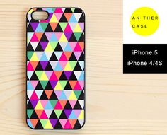 25. Colourful Triangle-print iPhone Case - 4301