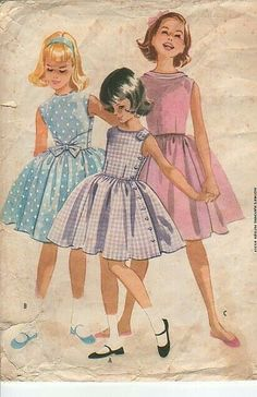 Vintage 1960 mccalls 5385 sewing pattern girls dress with choice of three bodice… Sewing Patterns Girls, Vintage Dress Patterns, Mccalls Sewing Patterns, Clothing Patterns, Vintage Girls Dresses, Vintage Outfits, Vintage Fashion, Moda Vintage, Vintage Kids