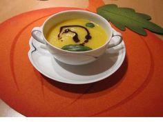 Einfache Kürbis-Creme-Suppe #kürbis #pumpkin - Unsere schon probiert im  www.hotel-stern-werben.de ?