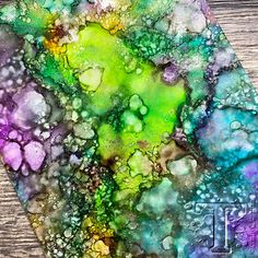 Alcohol Ink Tiles, Alcohol Ink Glass, Alcohol Ink Crafts, Alcohol Ink Painting, Alcohol Markers, Marker Crafts, Marker Art, Colouring Techniques, Painting Lessons