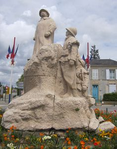 Vendée born national hero Georges Clemenceau remembered in this statue at Ste Hermine in the Vendée.