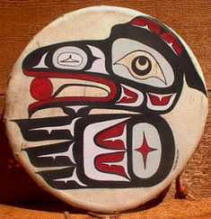 Raven Steals Light by Na Na Quish American Paint, American Indian Art, Native American Indians, Native Indian, Native Art, Jeans Drawing, Drum Patterns, Drums Art, Haida Art
