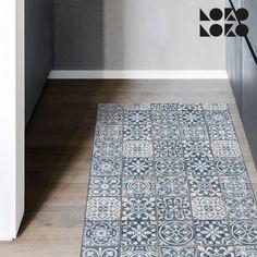 Decora el suelo de tu cocina con este mosaico de imitación de losas cerámicas #lokolokodecora #viniloparasuelos