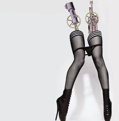 http://midolcevitablogs.blogspot.com.es/2011/08/opinion-personal-del-disco-bionic-de.html
