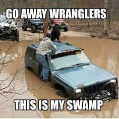 Jeeps and Jeep Girls. Some pics and vids are my personal ones, but most pics are from the net so if its yours or copyrighted let me know and it will be removed. Jeep Jokes, Jeep Humor, Car Humor, Jeep Funny, Car Memes, Jeep Cars, Jeep Truck, Jeep Wk, Love Memes Funny