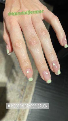 Kendall Jenner's Negative-Space Nail Art Is the Perfect Minimalist Manicure for Spring Minimalist Nails, Kendall Jenner Nails, Long Square Nails, Negative Space Nails, Dry Nails, Funky Nails, Best Acrylic Nails, Green Nails, Green Nail Art