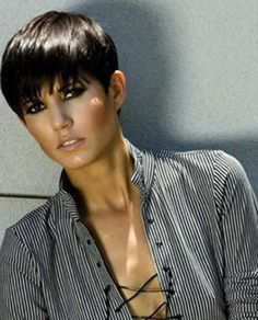 11.Short Hair Cut für Frauen