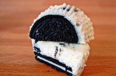 Mini Oreo cheesecakes. Yum.