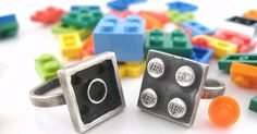 Lego-Inspired Rings Link Lovers Together