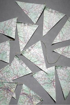 Para colocar en cada silla con el mapa de CO o la ciudad.maybe for a going-away party. Maybe graduation party or moving and map of state where they are going or relocating! Retirement Parties, Grad Parties, Retirement Ideas, Moving Away Parties, Leaving Party, Bon Voyage Party, Goodbye Party, Farewell Parties, How To Make Banners