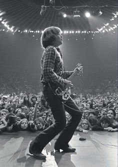 "John Fogerty - Creedence Clearwater Revival - previous pinner said, ""My favorite picture of my favorite guitarist! Creedence Clearwater Revival, Music Pics, Music Genre, Music Images, John Fogerty, Beatles, Mundo Musical, Blues, Rock Music"