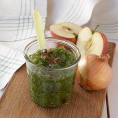 Här hittar du ett läckert recept på Gurkmix. Botanisera bland massor med recept, tips och inspiration. Tapenade, Pesto, Dressing, Chutney, Food Styling, Guacamole, Pickles, Tapas, Vegetables