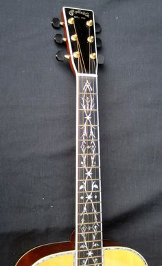 Martin Acoustic Guitar Headstock and Fretboard Inlay