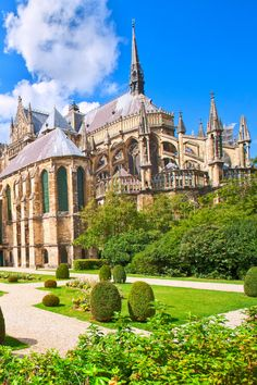 21 Best Day Trips from Paris - Normandy, Loire Valley, Champagne . Reims Cathedral, Stuff To Do, Things To Do, Day Trip From Paris, Normandy, Day Trips, France, Mansions, House Styles