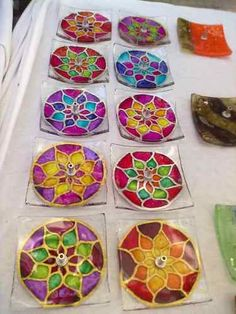 1 million+ Stunning Free Images to Use Anywhere Fused Glass Plates, Fused Glass Art, Glass Dishes, Glass Fusing Projects, Cd Crafts, Glass Magnets, Kiln Formed Glass, Free To Use Images, Faux Stained Glass