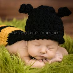 Something else I need to figure out how to crochet...so cute