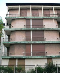 Facade Housing Balcony  Casa al Parco/Casa Tognella, Milan, Ignazio Gardella, 1947-54