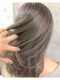 Ash Green Hair Color, Platinum Blonde Hair Color, Hair Color Asian, Ash Hair, Brown Blonde Hair, Kawaii Hairstyles, Caramel Hair, Hair Color Highlights, Soft Hair