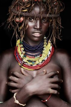 Toudaio - Dassanech girl - omo delta / Ethiopia by Mario Gerth