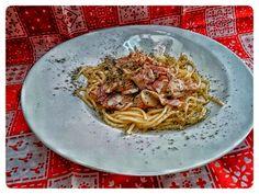MI PEQUEÑO RINCON : Spaguetti con bacón, champiñón y nata