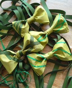 Handmade silk Bowties with grosgrain ribbon Bowties, Grosgrain Ribbon, Bikinis, Swimwear, Silk, Handmade, Fashion, Tie Bow, Bathing Suits