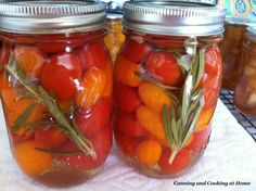 Pickled Grape Tomatoes with Rosemary & Garlic Ingredients 2 Quarts Grape tomatoes 1 tsp Canning/Pickling Salt 1 Cup White wine vinegar 1 Cup White vinegar - acidity 1 Quart Water 4 Cloves. Pickled Tomatoes, Stewed Tomatoes, Cherry Tomatoes, Grape Tomato Recipes, Garden Vegetable Soup, Herb Garden, Sungold Tomato, Pickled Cherries, Canning Vegetables
