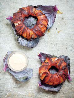 Aros de cebolla y beicon - Come bien por 1,33 € - Diez Minutos