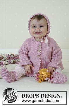 """Josie / DROPS Baby 14-7 - Chaqueta, Calcetas, Bonete, Juguete suave y Frazada, en """"Alpaca""""."""