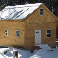 The 20×30 is a large post and beam model that comes with design options to create a functional space to suit a variety of needs. This versatile frame can be set up for cold storage, as a two or three bay garage, as living quarters, as a livestock barn or any combination of. The frame set up as a cabin is a favorite as a 1,200 square foot tiny house.