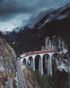 Landwasser Viaduct Switzerland | Johan Lolos | #adventure #travel #wanderlust #nature #photography