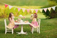 Inspiring Tea Party Photo Shoot Ideas Inspiring Tea Party Photo Shoot IdeasIt's possible to easily host an internet party via your favourite social networking channels while Toddler Tea Party, Girls Tea Party, Tea Party Birthday, Girl Birthday, Tea Parties, Toddler Girl Photography, Children Photography, Photography Mini Sessions, Photography Ideas