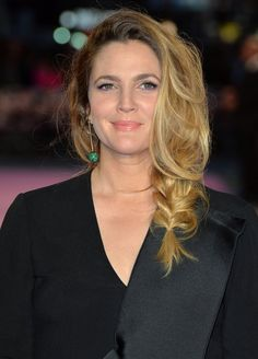 """Drew Barrymore Photos - Drew Barrymore attends the European Premiere of """"Miss You Already"""" at Vue West End on September 2015 in London, England. - 'Miss You Already' European Premiere - Red Carpet Arrivals Drew Barrymore Hair, Wedding Hairstyles, Cool Hairstyles, Jenifer Aniston, Beautiful Long Hair, Beautiful Women, Celebs, Celebrities, Celebrity Hairstyles"""