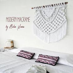 Modern Macrame / wallhanging / Tapestry / Macrame / weaving