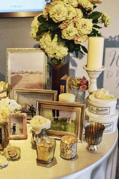Save Money And Stress With These Wedding Tips. A wedding ceremony should be an occasion for joy for all involved. Use the tips in the article below to help you plan and pull off a great wedding that you Wedding Table Flowers, Wedding Table Settings, Wedding Decorations, Table Decorations, Wedding Images, Wedding Pics, Wedding Stuff, Wedding Welcome Board, Welcome Flowers